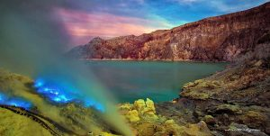 Blue Flame Ijen Crater, Mt Bromo Tour Package 4 Days