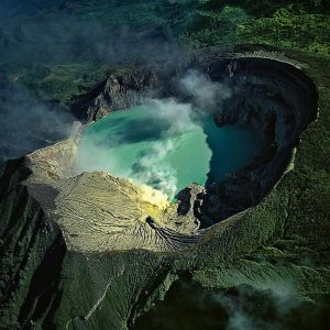 Mount Bromo and Ijen Crater Tour 3 Days