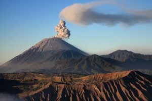 Semeru Trekking, Mt Bromo, Ijen Crater Tour 6 Days