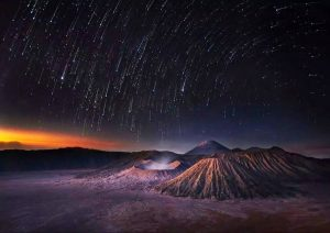 Ijen Crater, Mt Bromo Sunrise, Milky Way Tour 3 Days
