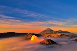 Mt Bromo Midnight, Songa Rafting Tour 1 Night 1 Day
