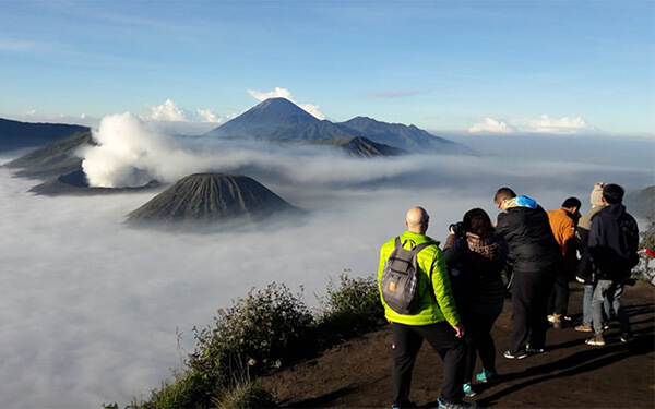 Mount Bromo, Ijen Crater Tour by Trekking 3 Days
