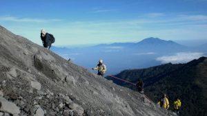 Mount Semeru Hiking Tour Package 4 Days